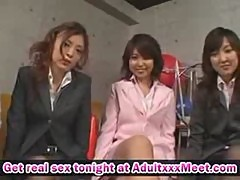 5 Japanese girls give footjob